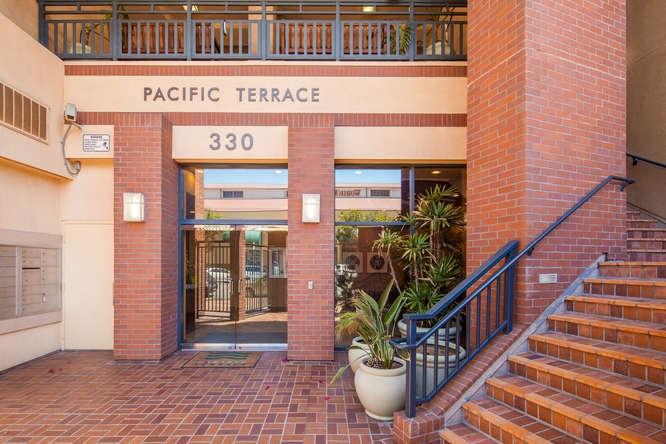 330 J St San Diego CA 92101-small-004-24-park terrace 302 23-666x444-72dpi