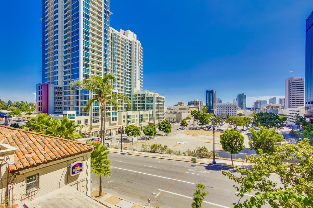 Restaurants Near Copley Symphony Hall San Diego