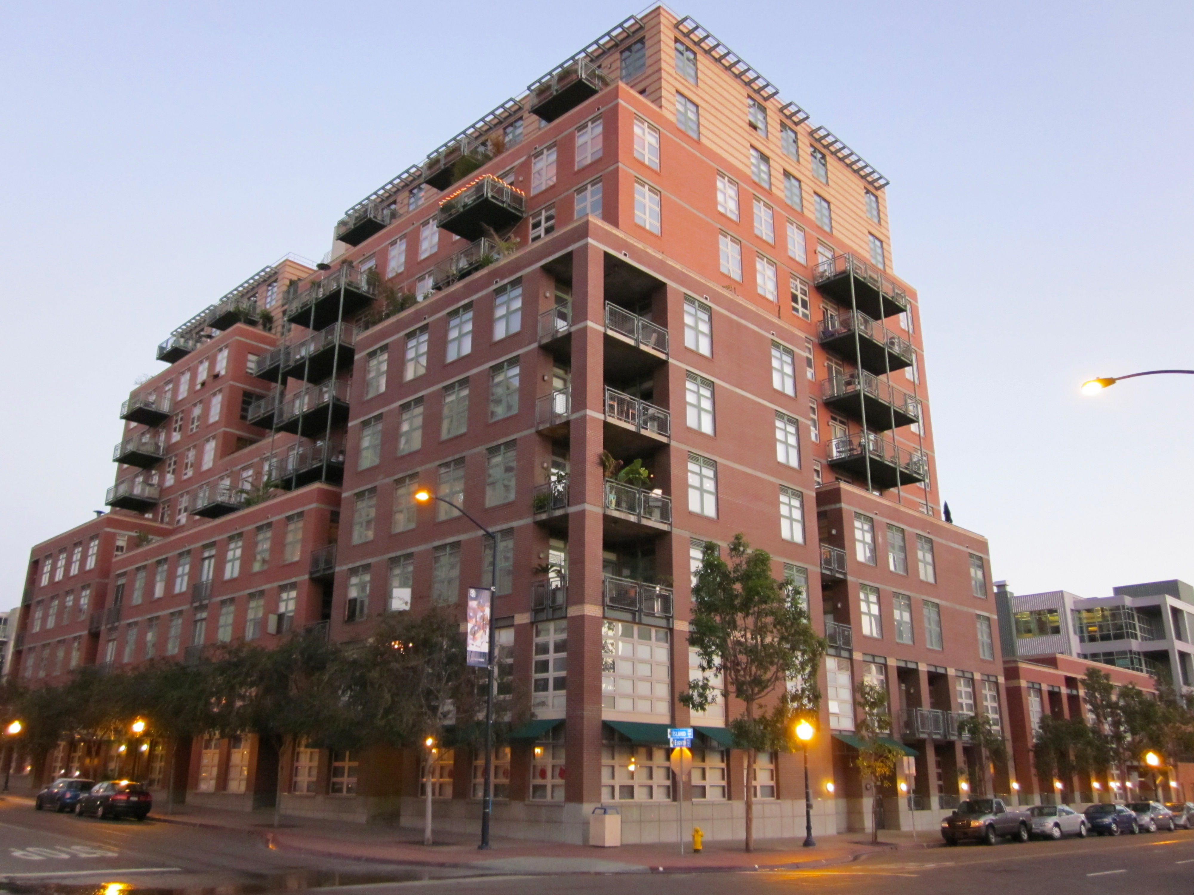 Downtown san diego lofts welcome to san diego - Apartment buildings san diego ...