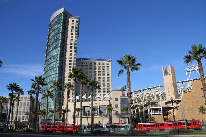 The-Metropolitan-San-Diego-Condos