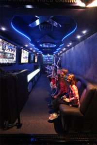 game_truck_theater_09