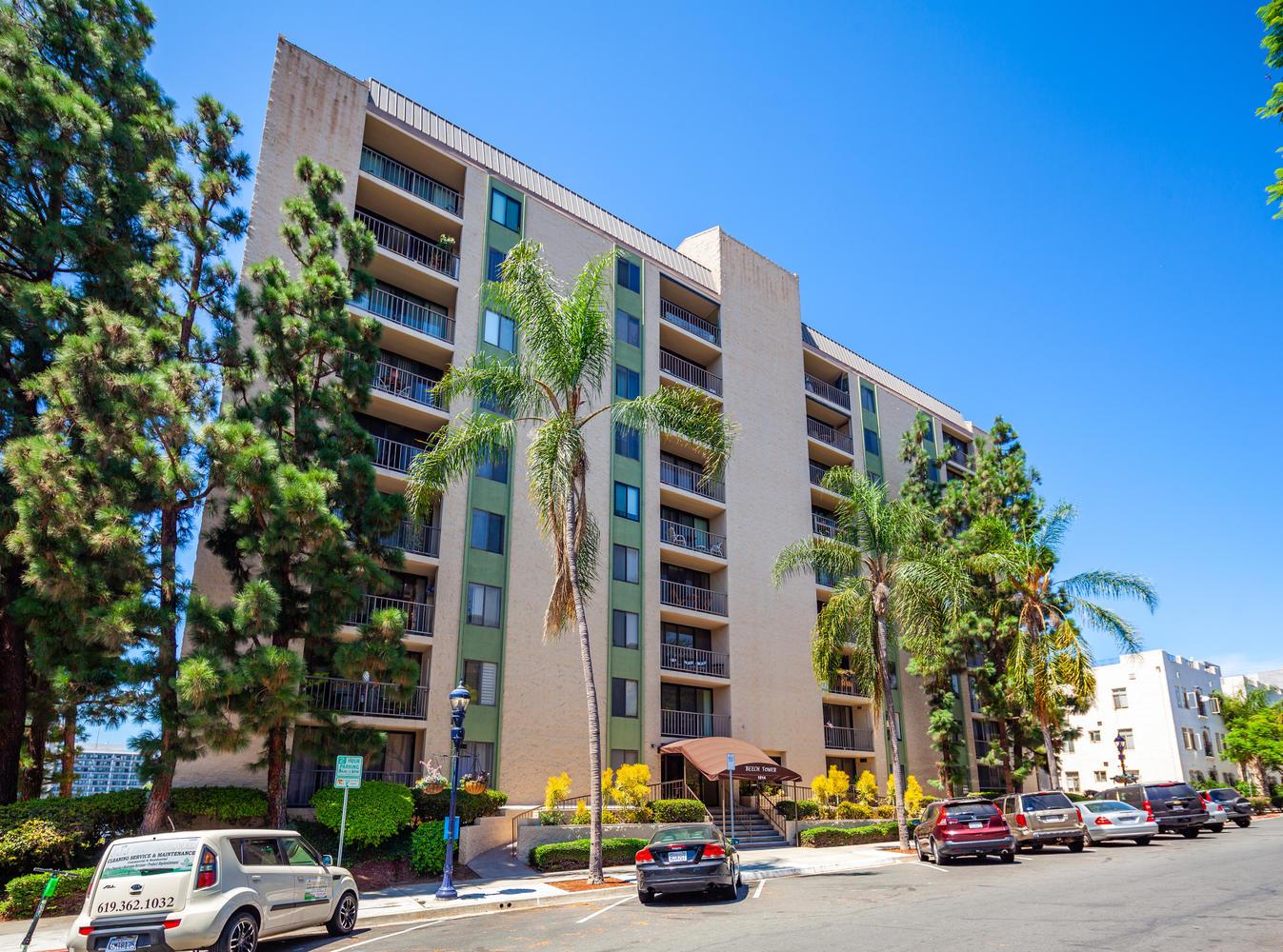 1514 Seventh Ave San Diego CA-large-001-043-7th 41-1347x1000-72dpi