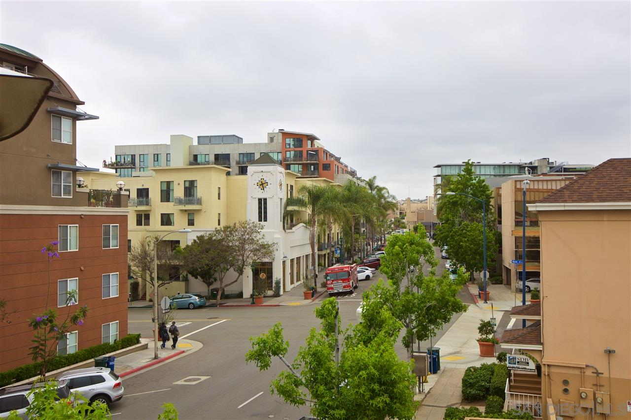 Lusso Street View